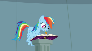 Rainbow_Dash_writing_in_journal_S4E04.png