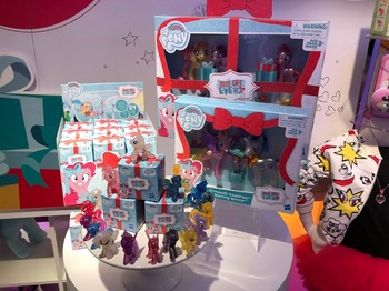 mlp-toy-fair-2018-blind-bags-2.jpg