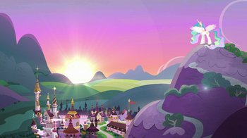 Princess_Celestia_lowering_the_sun_S7E1.jpg