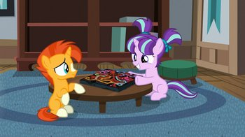S7E24_starlight_and_sunburst_as_kids.jpg