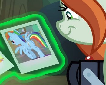 S8E13_chrisalis_in_disguise2.jpg